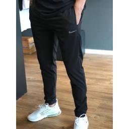 Calça Nike esportiva