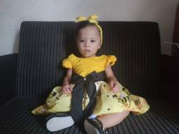 Título do anúncio: Vestido abelhinha ( Menina)