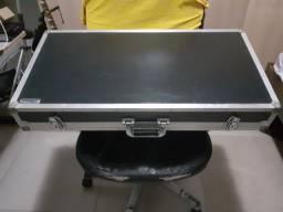 Case para pedais, pedalboard