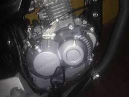 Título do anúncio: Vendo tampa do motor da start 160 2021