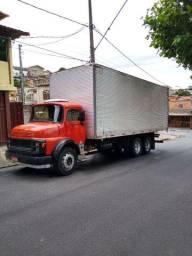 Vendo ou troco cavalo mecânico 1113 truck baú 1983