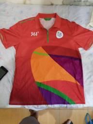 Camisa oficial de voluntário das olimpíadas Rio