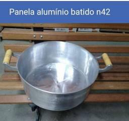 Panela alumínio batido N42 com tampa leve