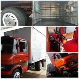 Caminhão 608 D Baú Ano 77