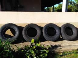 Pneu escorpião 30x9.5.50 R15 LT 1050 M+S pneus meia vida em ótimo estado de conservação !!