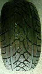 Pneus 275/60/15