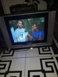 TV 21 polegadas conversou antena
