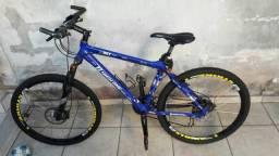 Bicicleta, kit shimano, muito linda a bike, estou vendendo por preciso de dinheiro !