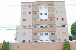 Apartamento com dois quartos, Condomínio Araucária I