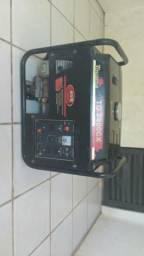 Gerador 3.5 kva à gasolina 1490 reais