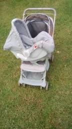 Carrinho de bebê c bebê conforto