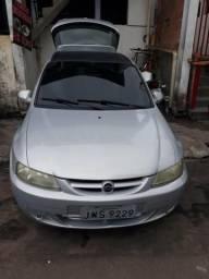 Carro modelo Celta 2001 completo - 2001
