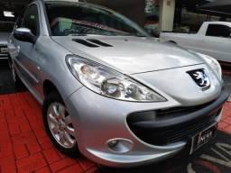 Peugeot 207 XR 1.4 2010 completo imperdível financia 100%