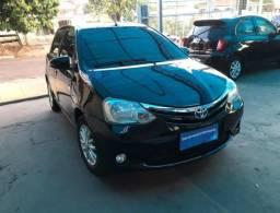 Toyota Etios XLS 1.5 4P