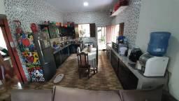 Casa top com igarape (5min do shopping)