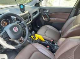 Vendo picape Fiat Toro branca - 2019