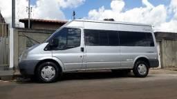 Van Ford Transit 15+1
