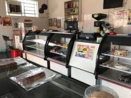 Vende-se ponto comercial de padaria em General Salgado.