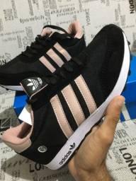 Tênis  Adidas novo na caixa 34 ao 42