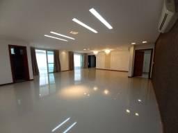 Cobertura no Condomínio Barão da Villa com 05 Suítes com 493 M²