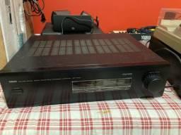 Amplificador Yamaha DSP-E1000