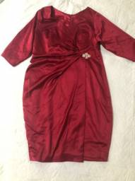Vestido vermelho Plus size