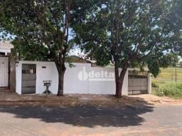 Título do anúncio: Terreno à venda, 360 m² por R$ 420.000,00 - Santa Mônica - Uberlândia/MG