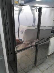 Refrigerador / Geladeira 4 portas 220V