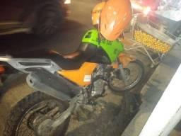 Título do anúncio: Vendo moto Yamaha crosser em bom estado