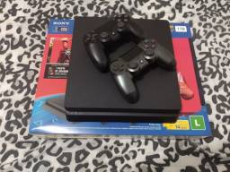 PS4 Slim 1 TB 2 Controles