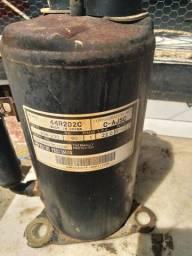 Título do anúncio: Compressor arcondicionado