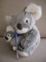 Pelúcia koala mãe/filhote