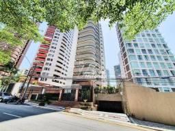 Apartamento com 5 dormitórios à venda na rua José Vilar no bairro Meireles, uma quadra par