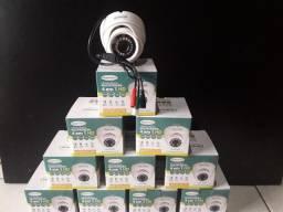 Câmera de segurança 1 MP estilo Dome para uso interno