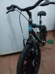 Vendo bicicleta infantil do bem 10