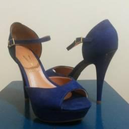 Sandália azul feminina usada 1 vez