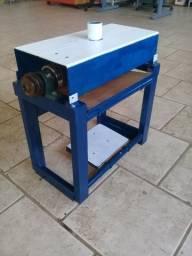 Lixadeira de rolo de bancada (Luthier)