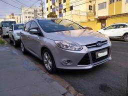 Ford Focus Hacth 1.6 SE 2014 - Manual - 2014