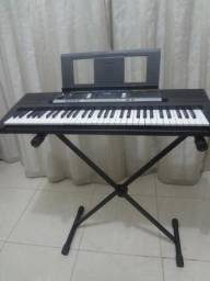 Teclado Musical Yamaha Psr E 243