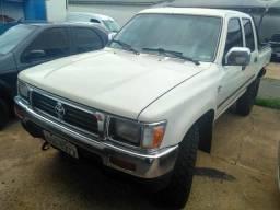 Hilux SR5 2001 4x4 Diesel Completa - 2001