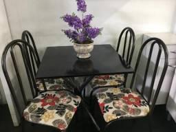 Linda mesa 4 cadeiras tampo de pedra zerada direto de fabrica pra sua casa