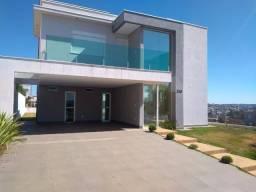 Incomparável - Casa Moderna 3 quartos com fino acabamento em ótimo Condomínio Fechado