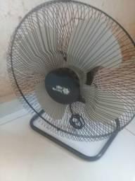 Vendo ventilador grande.