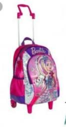Mochila Barbie semi nova