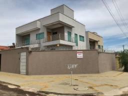 Lindo Sobrado com 3 Suítes no Residencial Vale do Araguaia em Goiânia GO