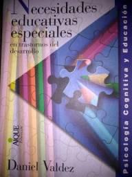 """Livro """"Necesidades educativas especiales em trastornos del desarrollo"""""""