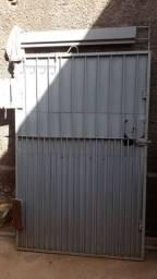 Portão, medidas 1,10x1,68