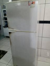 Geladeira Electrolux frost free 420 litros