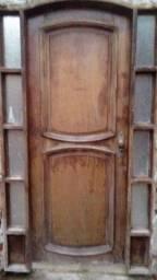 Título do anúncio: Porta pura madeira Angelim