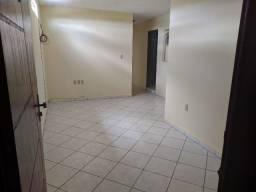Alugo apartamento com 2 quartos em Garanhuns! Av. Caruaru